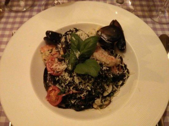 La Maddalena Restaurant: Pasta and Sea fruits