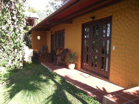 The Golden Frog Inn: outside View of 2 Bedroom Suite