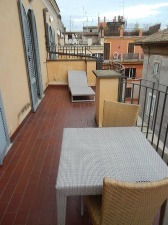 Hotel Indigo Rome - St. George : Nice balcony off the room