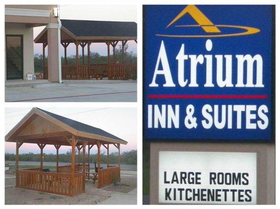 Quality Inn & Suites: Grillin Area