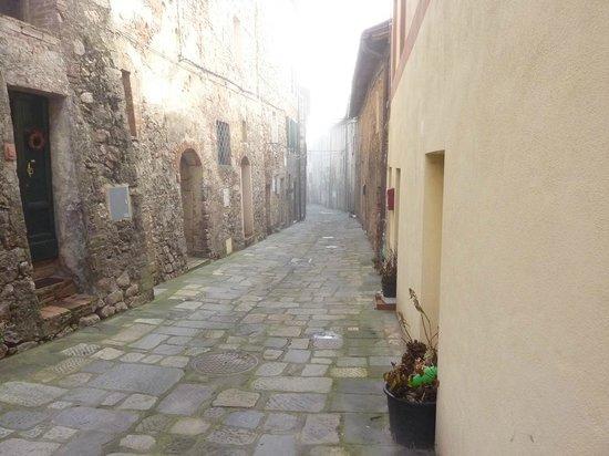 Agriturismo Borgo di Torri: Vicolo del paesino
