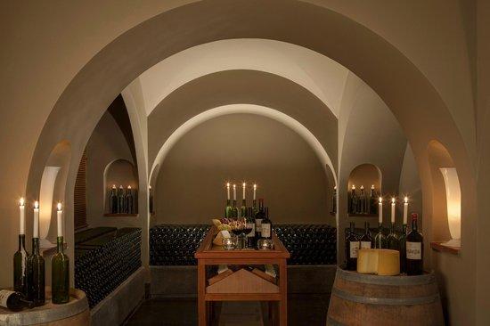 Carmelo Resort & Spa, A Hyatt Hotel: Drinks and wines