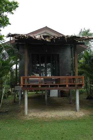 Islanda Hideaway Resort: View of the room from the front