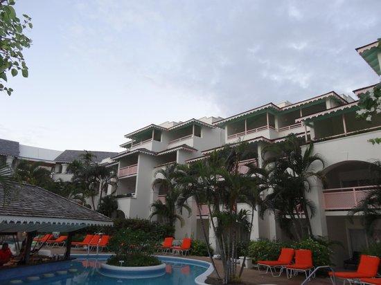 Bougainvillea Beach Resort: View of hotel