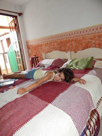 Cesar Apartamentos : cama grande!!