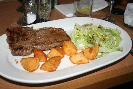 Andalucia Tapas Restaurant: piatto di carne