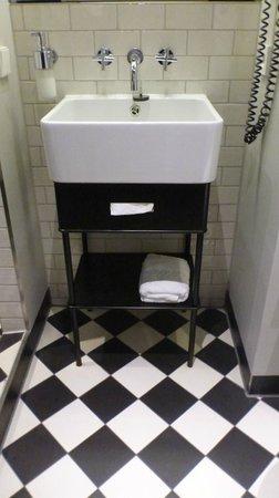 Hotel MANI: banheiro Mani