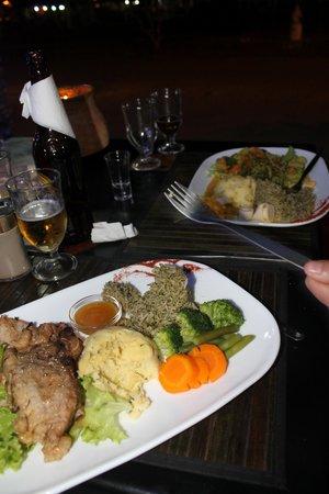 El Cafetal Galapagos: Christmas Eve Dinner