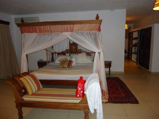 Royal Zanzibar Beach Resort: Room