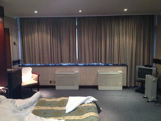 Master Robert Hotel: Bedroom_3