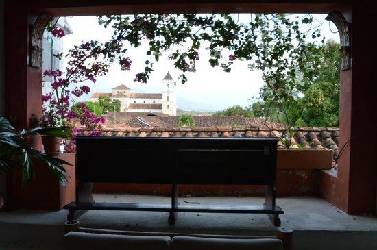 Hotel Mariscal Robledo: Balcón