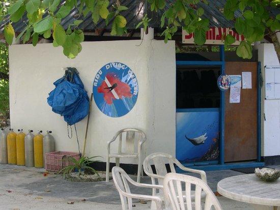 Asdu Sun Island: Diving centre