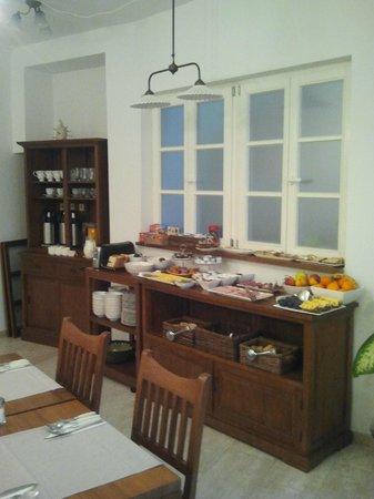 Adora Hotel: Buffet colazione