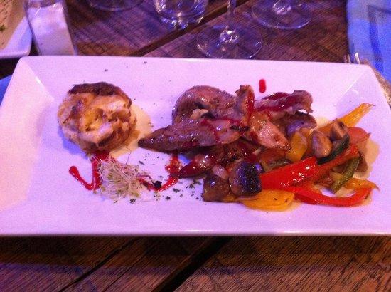 La Grange de Saint Jean: Aiguillettes de canards aux fruits rouges!