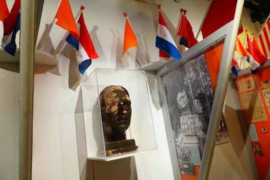 Musée de la Résistance : The statue of Hitler was beheaded after liberation