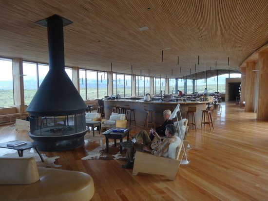 Tierra Patagonia Hotel & Spa: Lounge & Bar
