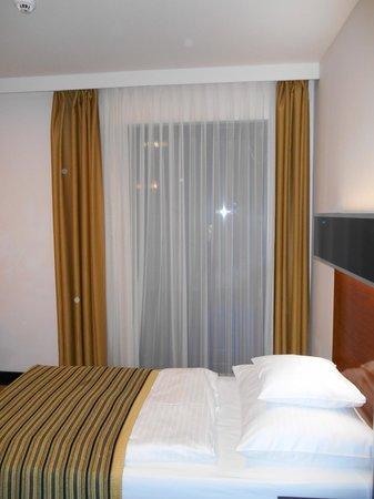 Hotel Grand Majestic Plaza Prague : window