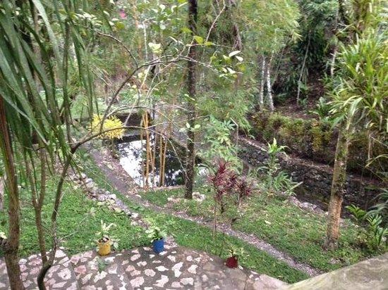Hotel El Recreo Lanquin Champey: Grounds