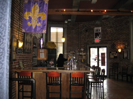 Blue Orleans Creole Restaurant-Downtown: Bar area