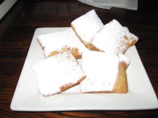 Blue Orleans Creole Restaurant-Downtown: Beignets