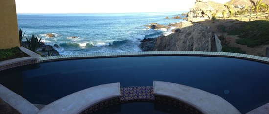 Hacienda Cerritos Boutique Hotel: View from semi-private pool near rooms 3/4 (and their rooms)