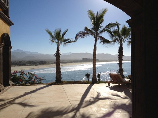 Hacienda Cerritos Boutique Hotel: View southeast at beach