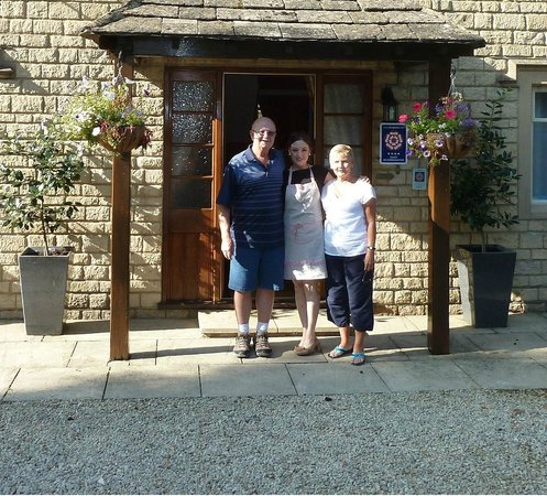 Holly House B&B: We say our goodbyes, thanks Jayne