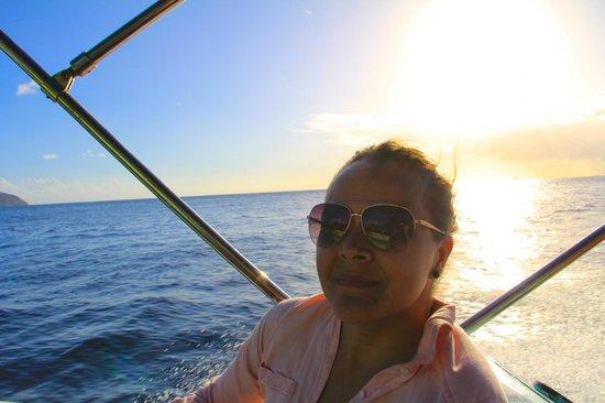 Solomon Water Taxi & Tours: Enjoying the tour