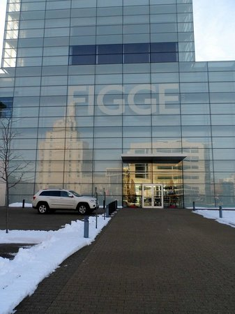 Figge Art Museum: I Digge the Figge