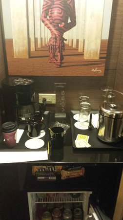 Le Meridien Panama: Coffee maker but no coffee