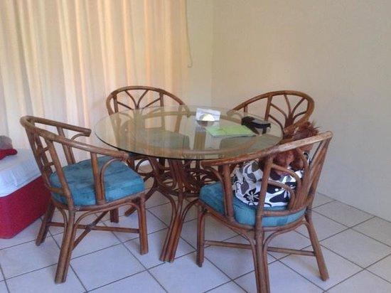 Villa Del Sol: Comedor del estudio del Treehouse