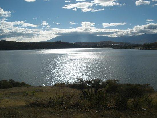 Laguna de Yahuarcocha: laguna