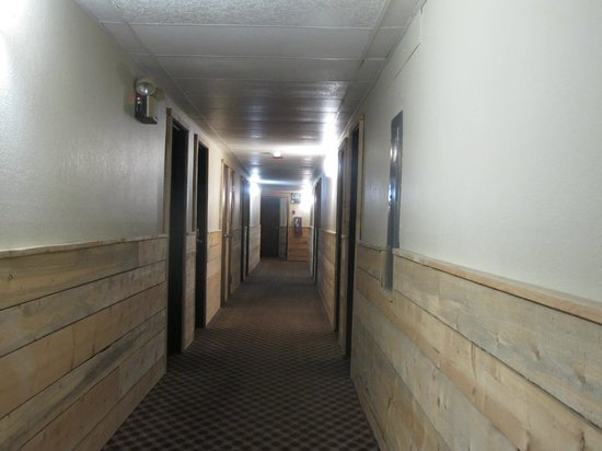 The Steamboat Hotel: the corridor
