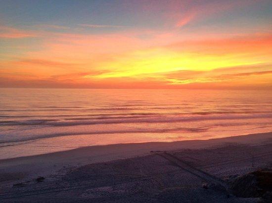 Hampton Inn Jacksonville Beach/Oceanfront: Sunrise - Hampton Inn Jacksonville Beach