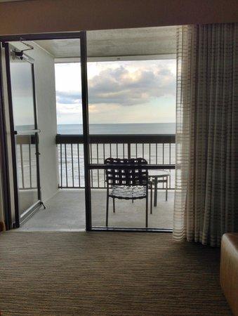Hampton Inn Jacksonville Beach/Oceanfront: Oceanfront Room - View from Inside Room