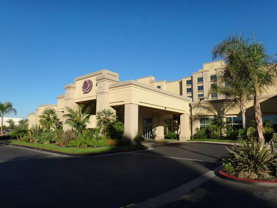 Doubletree by Hilton Hotel Los Angeles - Commerce: Hotel exterior