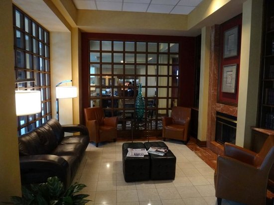 Doubletree by Hilton Hotel Los Angeles - Commerce: Lounge area