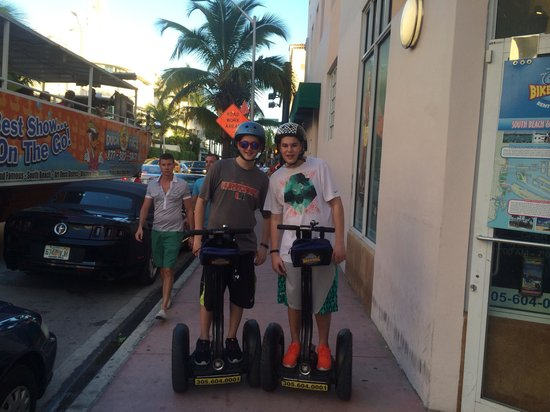 Bike and Roll Miami : On the segway!
