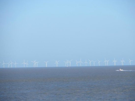 Ramsgate Royal Harbour & Marina : Wind Farm in the distance