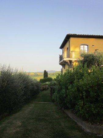 Guardastelle: Immaculate grounds, beautiful property