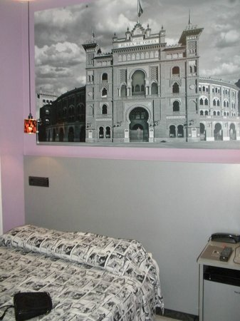 JC Rooms Puerta del Sol: Habitacion LAS VENTAS