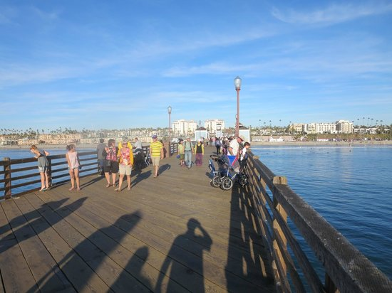 Oceanside Pier: Christmas Eve 2013