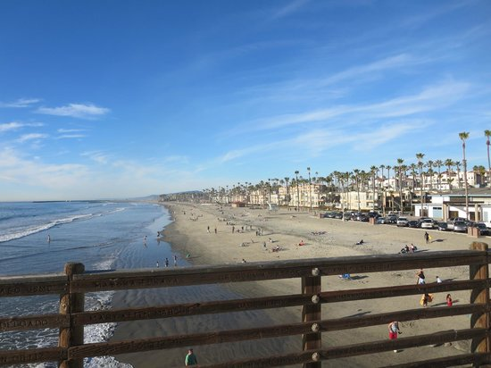 Oceanside Pier : view north from top of pier