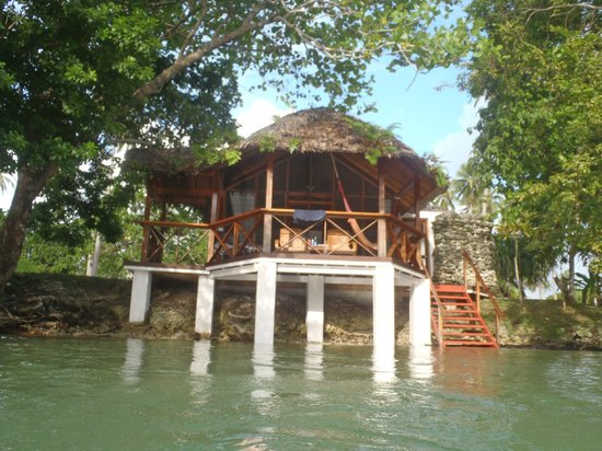 Oyster Island Resort: Bungalow from the water