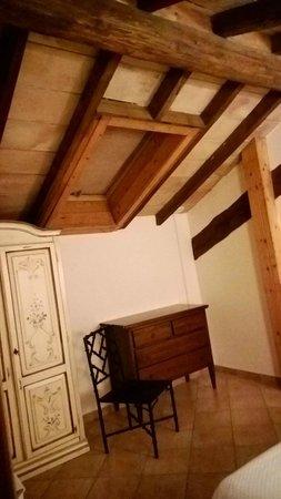Fattoria San Lorenzo: una delle due camere da letto