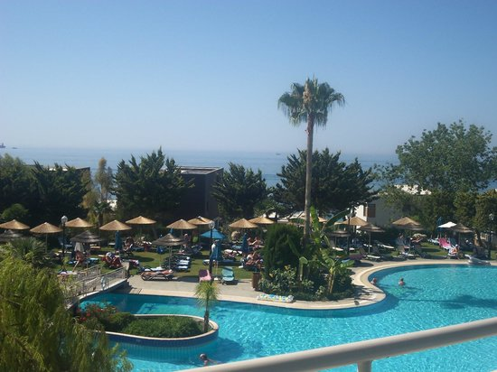 Atlantica Bay Hotel: our vue from balcony