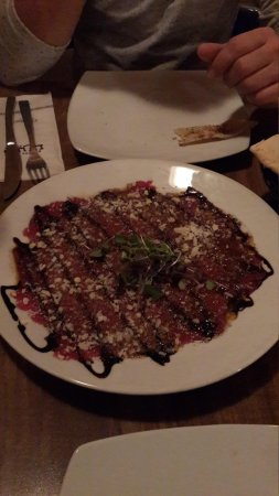 Tishreen : This is how the carpaccio is served.