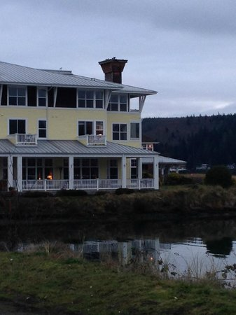 The Resort at Port Ludlow: Hotel and Grounds