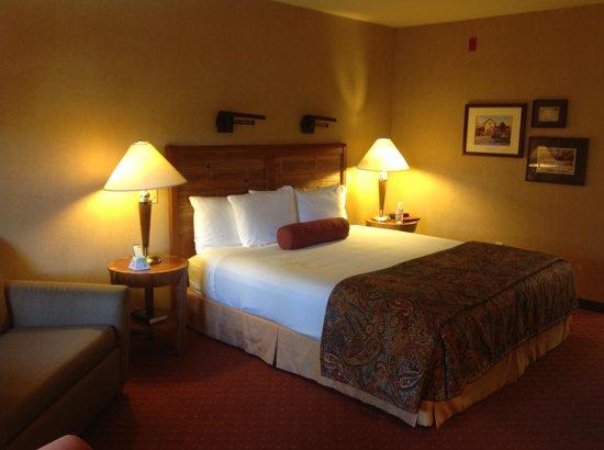 Adelaide Inn: Bed