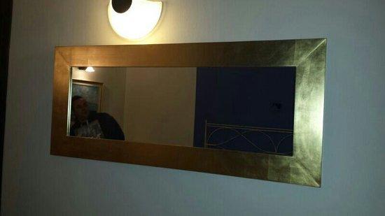 Hotel Saccardi & SPA: Veramente comodo come specchio